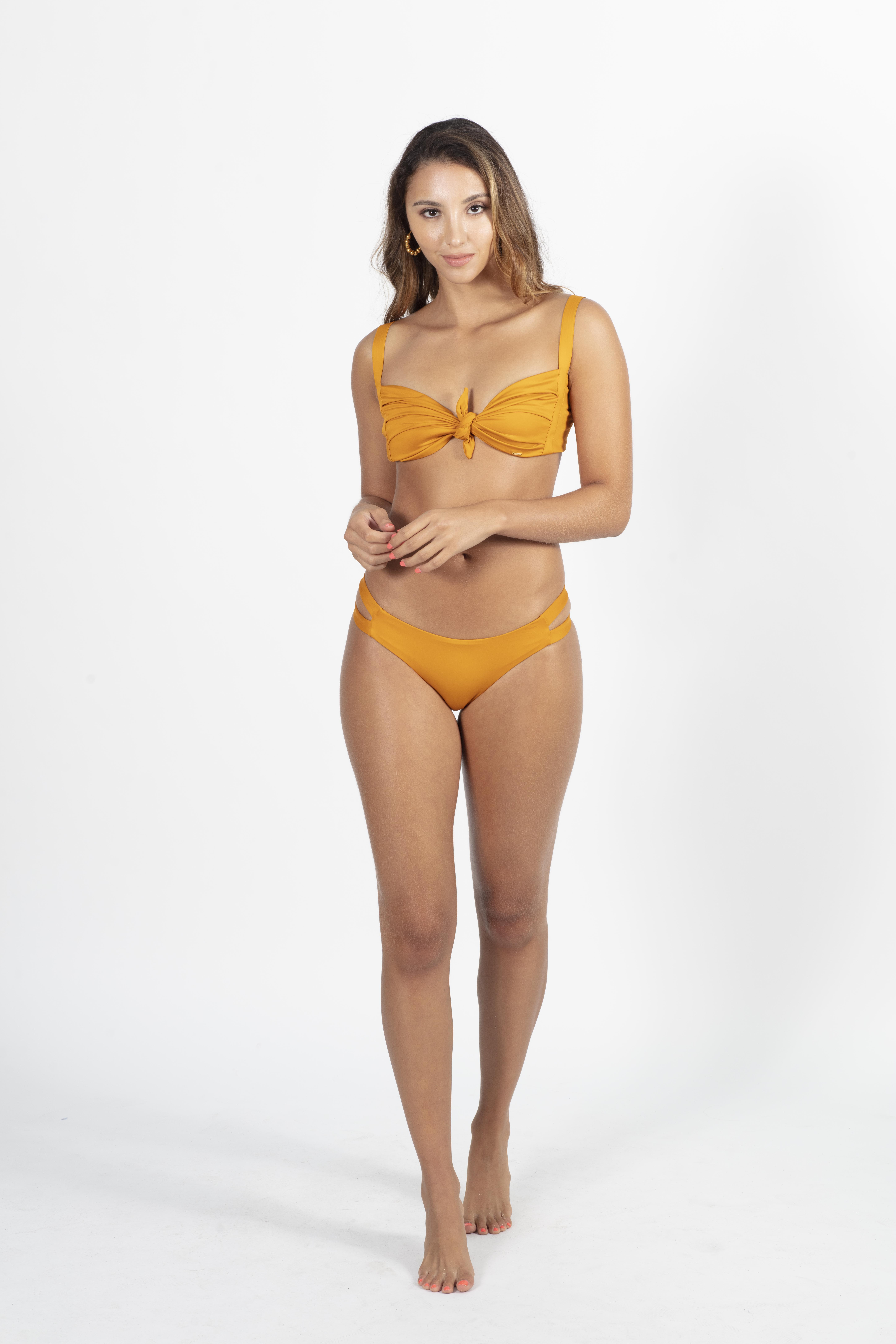 Formentera Tiangle Top With Ribbon